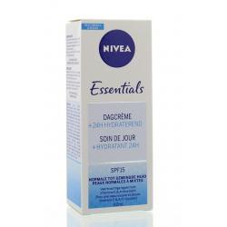 Essentials dagcreme SPF15 normale/gemengde huid